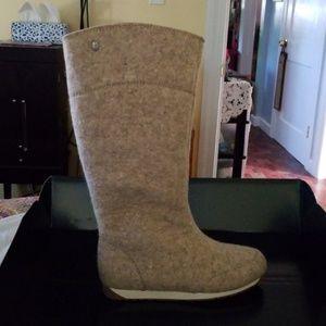 💥💥NIB EMU Tall boots size 7